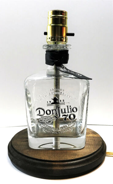 Don Julio 70 Anejo Tequila Liquor Bottle Bar TABLE LAMP Light with Wood Base