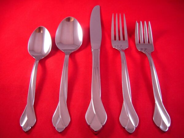 Oneida Tribeca Glossy Stainless Flatware Your Choice