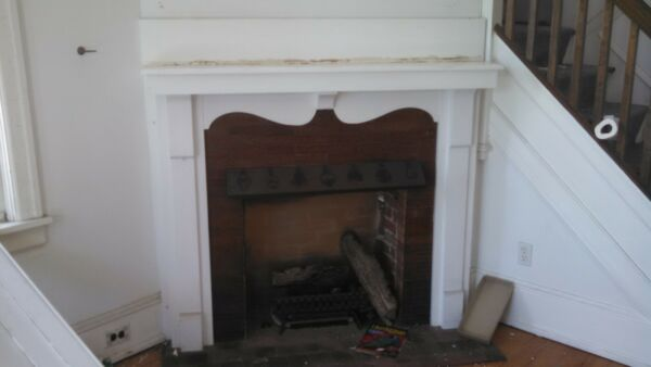 VINTAGE FIREPLACE MANTLE NICE STYLE 5 FT X 50 OAK OR CHESTNUT?  WE SHIP!!!!!!!!!