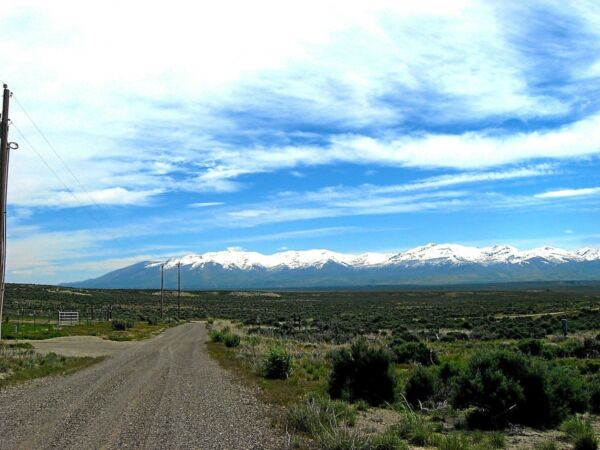 RARE! 1.07 ACRE ELKO NEVADA LOT W POWER & EZ ACCESS~SURVEYED!  CASH~NO RESERVE!