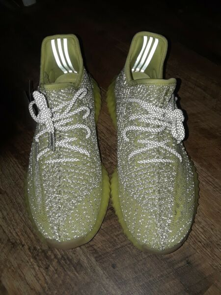 Antila reflective Adidas Yeezy Boost 350 V2 mens size 8 New offers accepted!