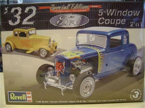 Revell 4228 #x27;32 Ford 5 Window Coupe model kit