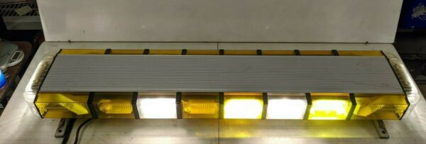 Whelen edge 9M Amber xenon strobe lamp light bar