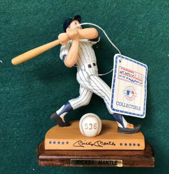 Mickey Mantle Sports Impressions Legendary Hitters Figurine Collection