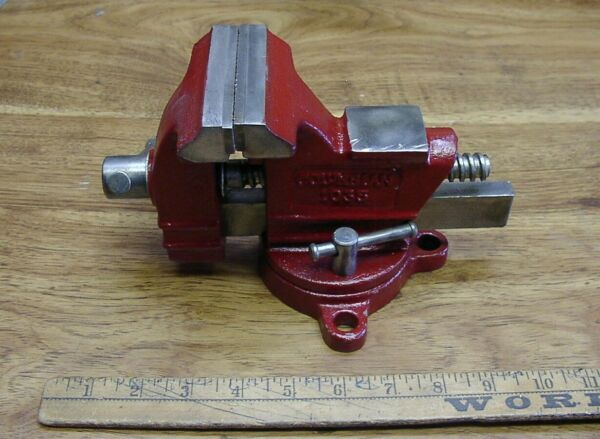 Vintage Columbian 1035 Swivel Anvil Bench Vise3-12