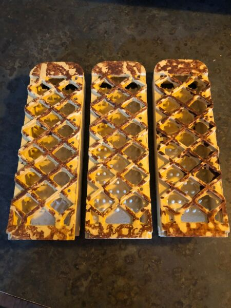 Vintage PEERLESS Heater Grates Ceramic Bricks Radiant Inserts Lot of 3