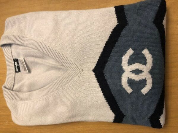 Chanel cashmere sweater- Small 46  Mens . VIP Clients only Runway item