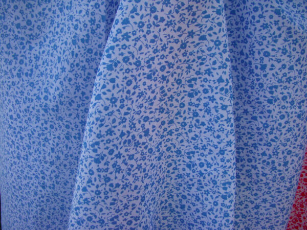 Spechler-Vogel Tiffany Tiny Blue Floral Cotton Lawn Great for Dolls Clothes