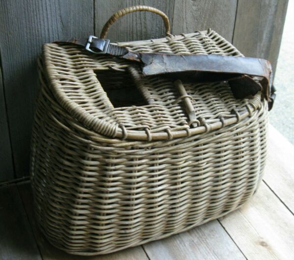 Vintage Rustic Fishing Creel Farmhouse Basket Shabby Leather Primitive Patina