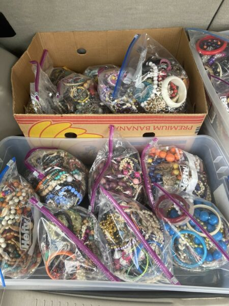 Huge Lot Vintage Now Costume Junk Jewelry Parts Scrap Beads 4 5 POUNDS