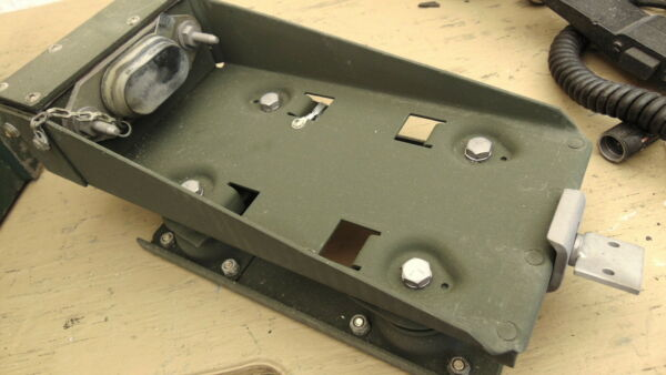 Military Radio Receiver Rack Shock Mount MT 1898 VRC R 442 Vietnam $68.00
