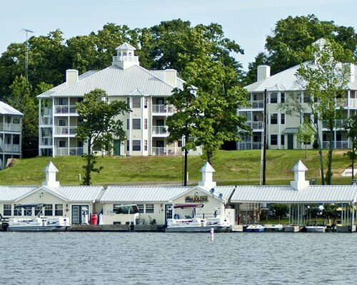 HOLIDAY INN VACATION VILLAGES RESORT 2 BDRM LOCK-OFF WEEK 52 TIMESHARE FOR SALE