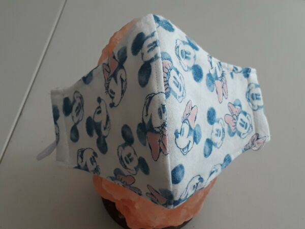 One Mickey amp; Minnie Mouse Fabric Face Mask washable w filter size M 8 12yrs old $7.98