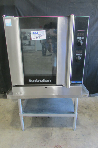 Moffat G32D5 Full Size Single Deck Gas TurboFan Convection Oven USED