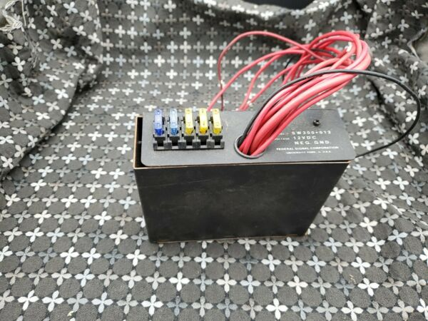 Federal Signal SW300 012 Light Control Switch Box 6 switches