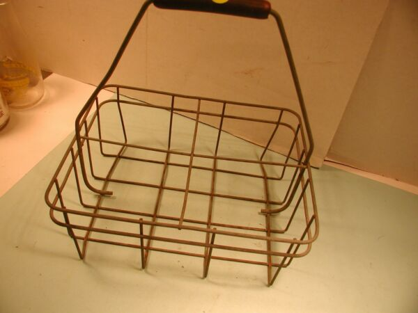 Vintage Heavy Wire Milk Carrier 4 Half Gallons $9.99
