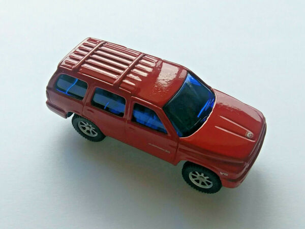 Maisto Dodge Durango SLT Chrysler DieCast Metal SUV Truck Red New Out Of Package $14.99