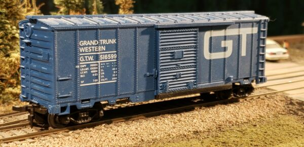 Model Power HO Scale Grand Trunk Western GTW 40#x27; Sliding Door Box Car $14.95