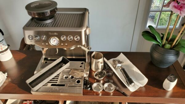 Breville espresso machine bes870xl A. Local pickup only.