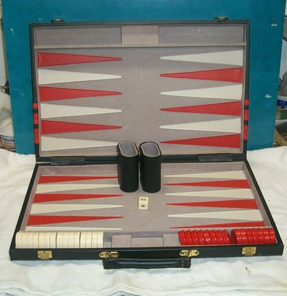 Backgammon Set with case 12x18 black trimmed w red Felt interior Board Game