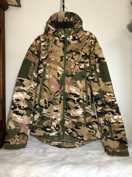 NWOT Unisex Camo Outdoor Tactical Series Hunting Military Jacket Small S