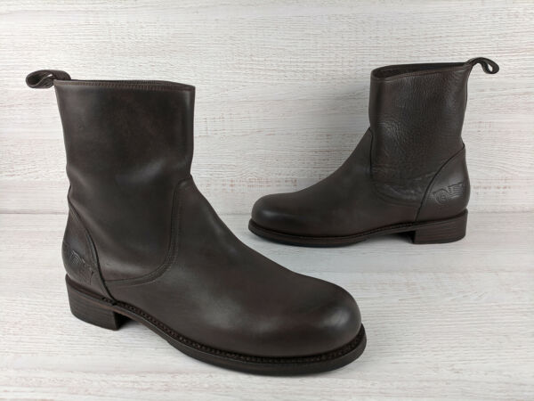 Dsquared2 Shoes Boots Chelsea Brown $150.00