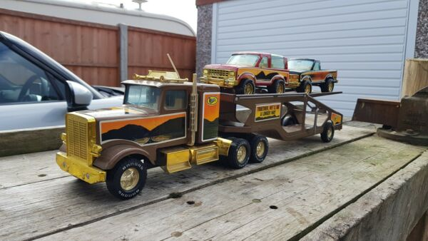 VINTAGE NYLINT BANDAG SEMI MUSCLE MOVER CAR CARRIER WITH ORIGINAL CARS GBP 79.95