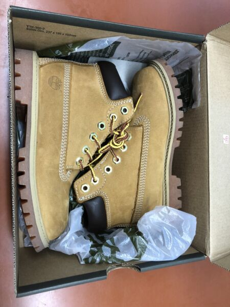 timberland boots Size 12mm New $50.00