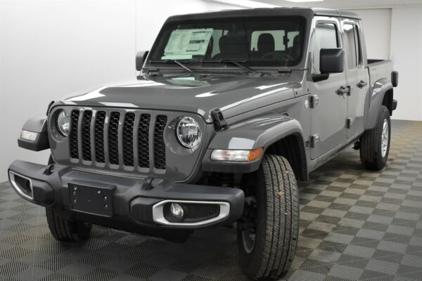 2021 Jeep GLADIATOR SPORT 4x4 MSRP $41900 AUTOMATIC HARD TOP $38900.00