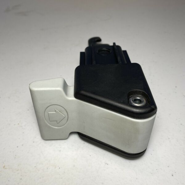 Replacement Hitch Lever for THULE HELIUM AERO 3 MODEL 9043 *READ Below $20.00