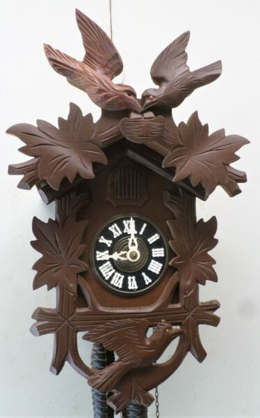RARE GERMAN UNUSUAL 3 BIRD CARVED WOODEN NEST amp; EGGS BLACK FOREST CUCKOO CLOCK