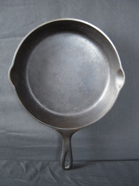 Restored Antique Cast Iron Skillet w Heat Ring No. 8? Unbranded