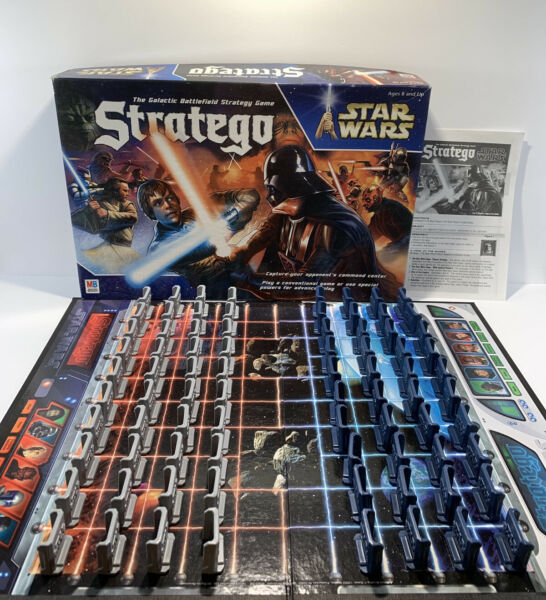 Stratego  Star Wars Saga Edition 2002 Milton Bradley Board Game
