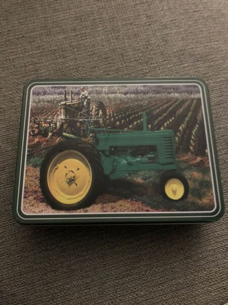 """John Deere Stainless Steele Pocket Knife in Tin Case. Blade and Handle 7"""" Long"""