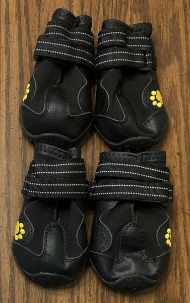 Dog Shoes Pet Boots Booties Rugged Non Slip Reflective Tape Closures Size 5 NEW $9.99