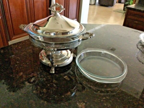 Large 10quot; VTG Diameter Lidded Silver Buffet Chafing Dish with Lidded Glass Inser