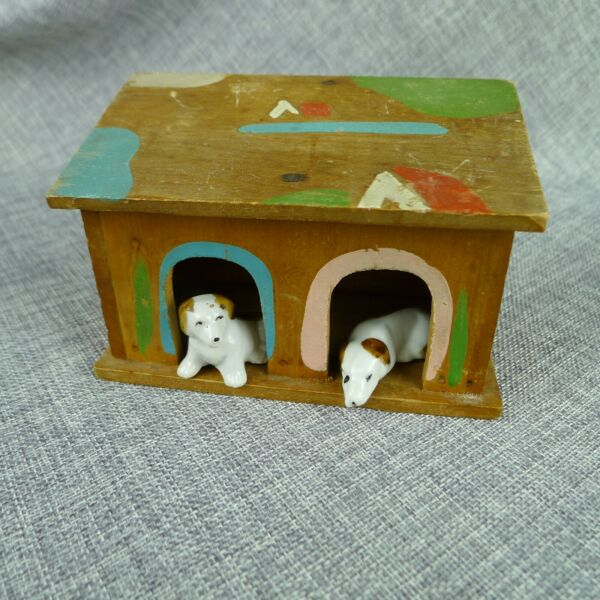 Vintage Novelty Wood Dog House Hand Painted With Two Ceramic Dogs Japan 1935