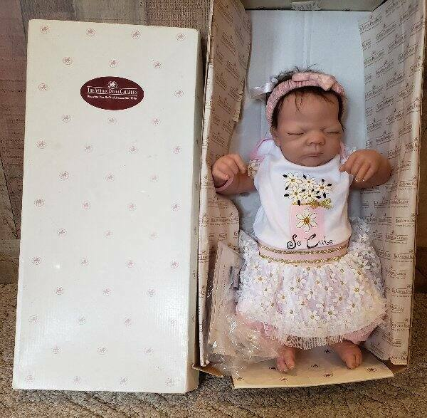 Ashton Drake So Truly Real Welcome Home Baby Katie Doll 2005 Lifelike