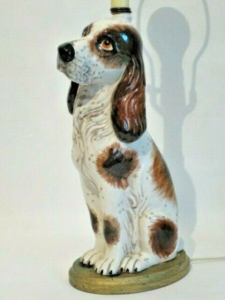 Vintage hand painted porcelain HUNTING DOG table lamp 14quot; $60.00