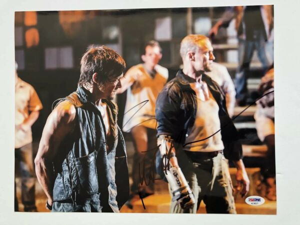 THE WAKING DEAD DARYL MERLE DIXON signed framed autographed 11x14 photo! Reedus