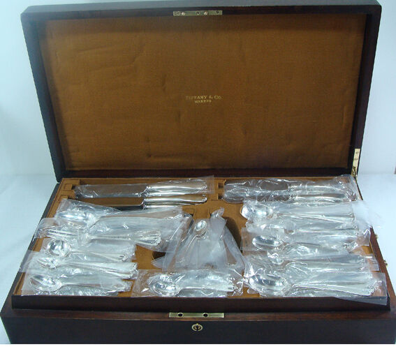 Tiffany FLEMISH Sterling Silver FLATWARE SET 12x14 in a FITTED TIFFANY BOX N.M.