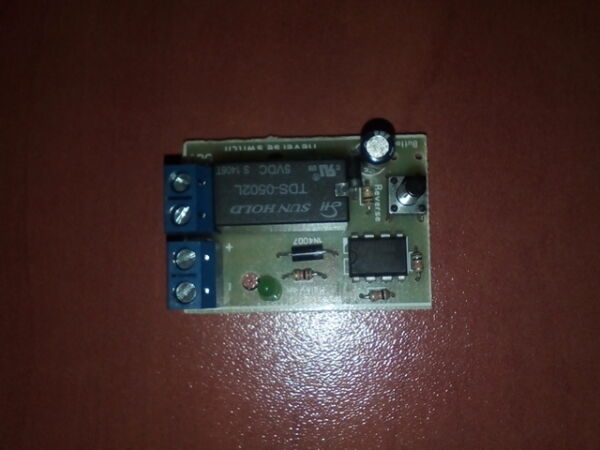 DC MOTOR REVERSE POLARITY SWITCH DPDT RELAY CONTROLLER MODULE 2A 12V BUTTON PUSH