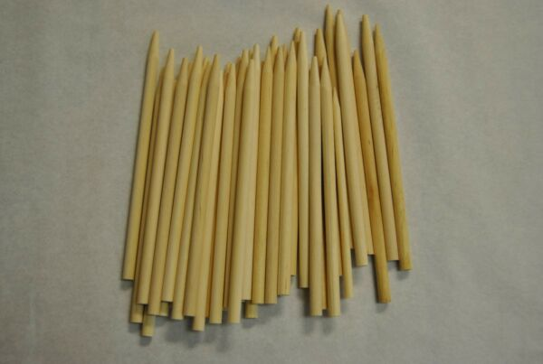 Candy Apple Sticks Wood Skewers Corn Dog Sticks 50 ct 5.5quot; x 1 4 Pointed CDS55P $6.90