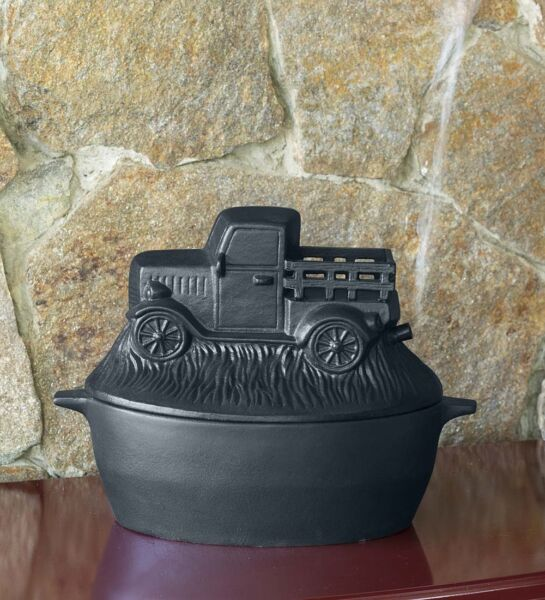 Cast Iron Antique Truck Design Wood Stove Steamer Kettle  Humidifier in Black