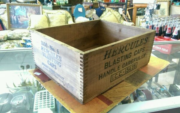 Vintage Hercules  Blasting Caps Wooden Box Crate. 13X10 X 5 Inches Delaware #001