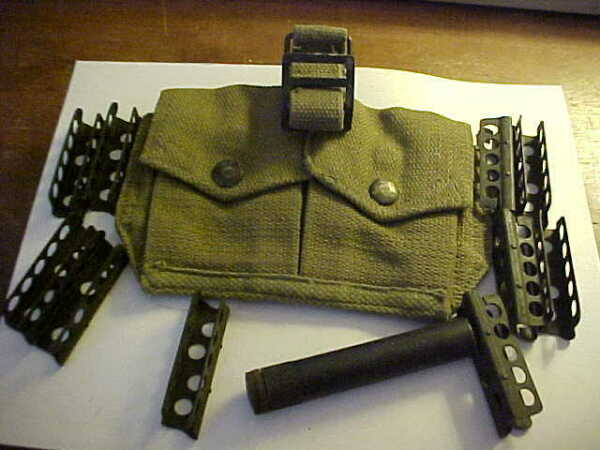 10 each British Lee Enfield SMLE 303 stripper clips with pouch amp; oiler