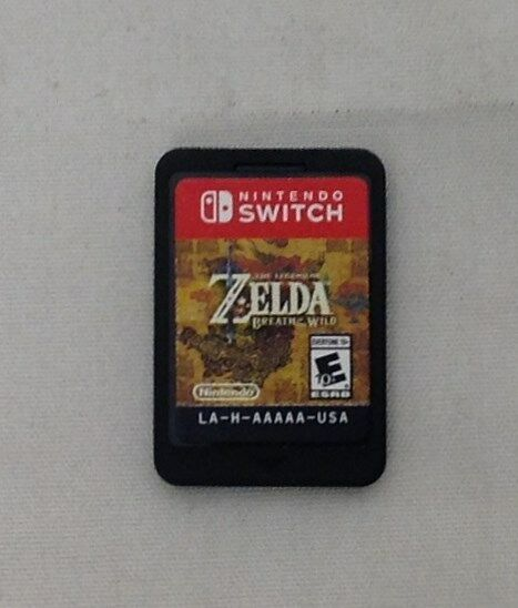 Legend of Zelda: Breath of the Wild (Nintendo Switch, 2017) (Game Only)
