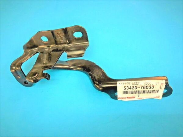 GENUINE LEXUS 5342076030 CT200h (11-17) HOOD HINGE LEFT 53420-76030 !