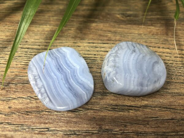 1 Blue Lace Agate Palm Stone Crystal Therapy Worry Soap Specimen Reiki Chakra.