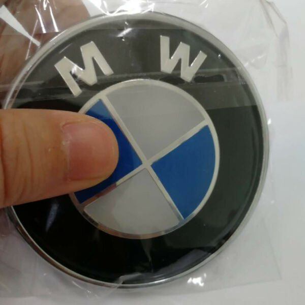 Blue& White Car Emblem Chrome Front Badge Logo 82mm 2 Pins For BMW Hood/Trunk